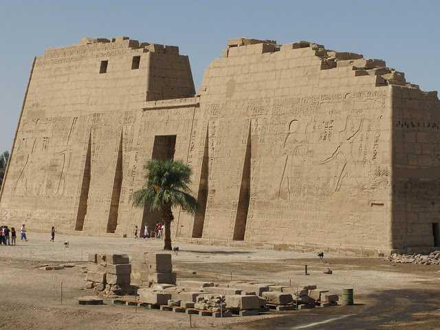 Der Habu Tempel