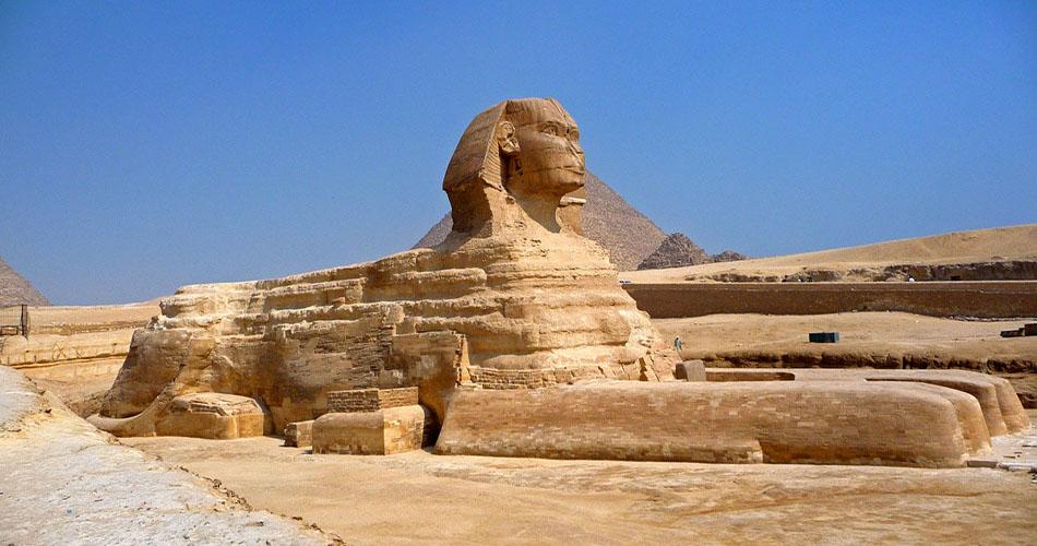 2-tägiger Ausflug Luxor und Kairo von Marsa Alam mit Flug
